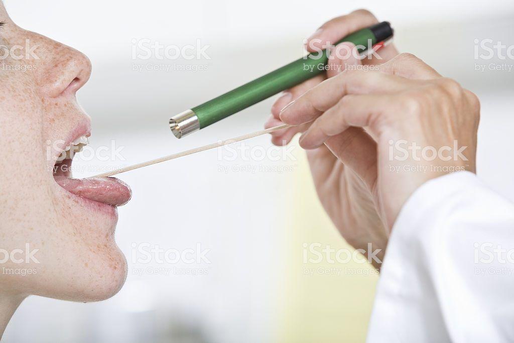 Las afecciones de la garganta .