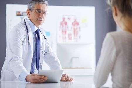 las mujeres deberían ir al urólogo.